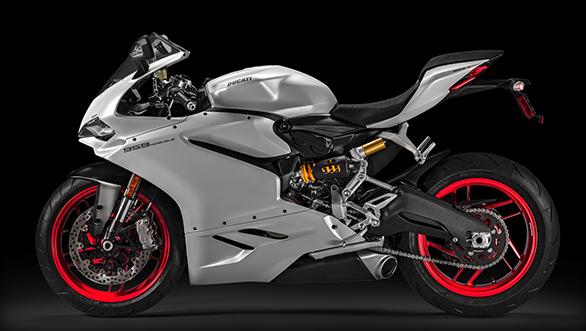 Ducati 959 Panigale LHS Studio side shot