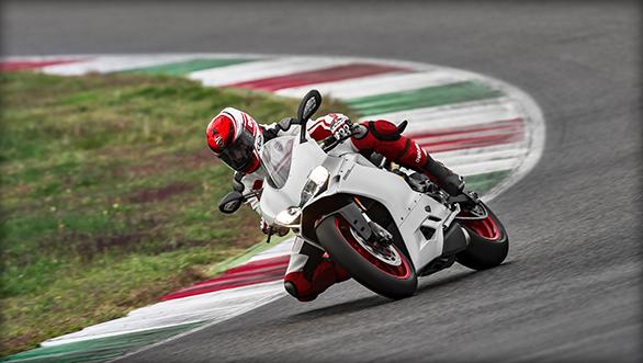 Ducati 959 Panigale Cornering shot