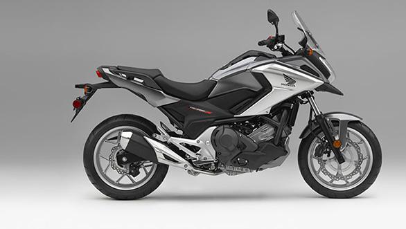 Honda NC700X (1)