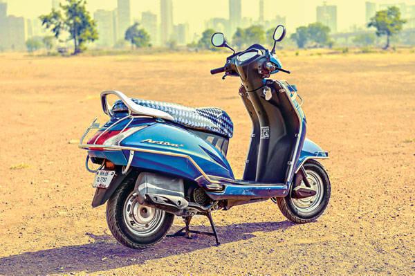 Honda Navi Activa comparo (4)