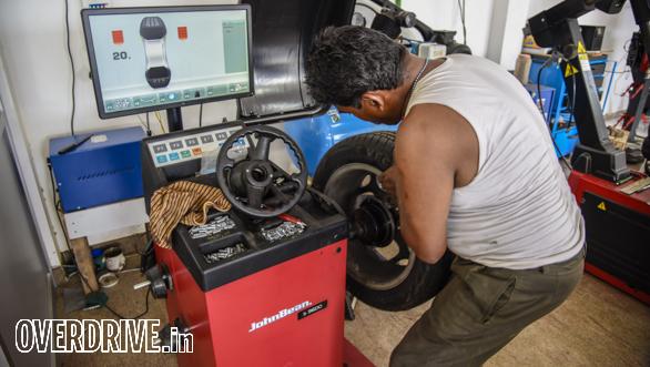 Hot Hatch Track Test JK Tyre Coimbatore  (17)