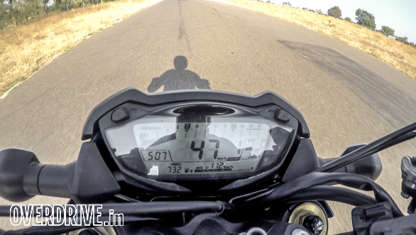 4,000rpm: My word, this feels as fast as a 390 Duke flat out!