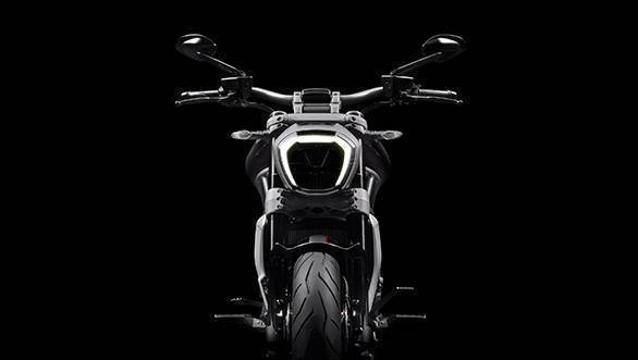 2016 Ducati XDiavel (11)