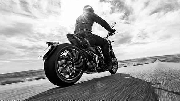2016 Ducati XDiavel (6)