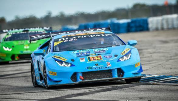 Armaan Ebrahim on his way to second place at the Suzuka round of the 2016 Lamborghini Super Trofeo Asia Series