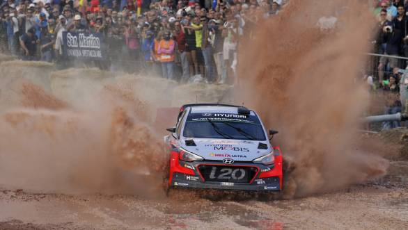 2016 Rally d'Italia Sardegna winner Thierry Neuville and co-driver Nicolas Gilsoul in action at the stages