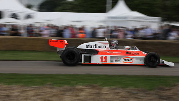 The McLaren-Cosworth M23 that was built in 1976 was raced by James Hunt in early 1977. Here, driven by Charles Nearburg