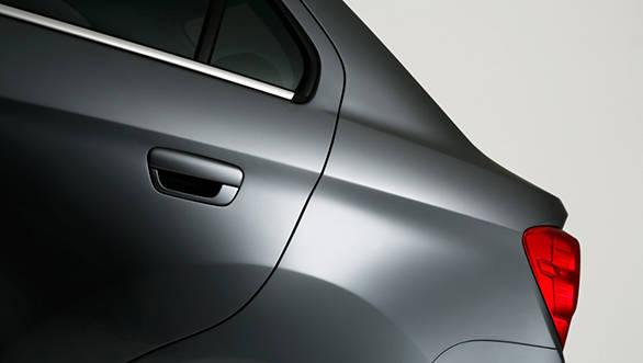 Chevrolet Essentia (19)