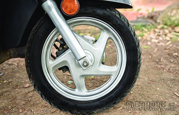 Mahindra Gusto 125 vs Suzuki Access 125 vs Honda Activa 125 (7)