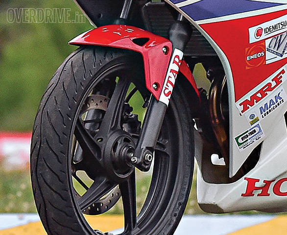 Honda CBR 250R Race Bike (12)