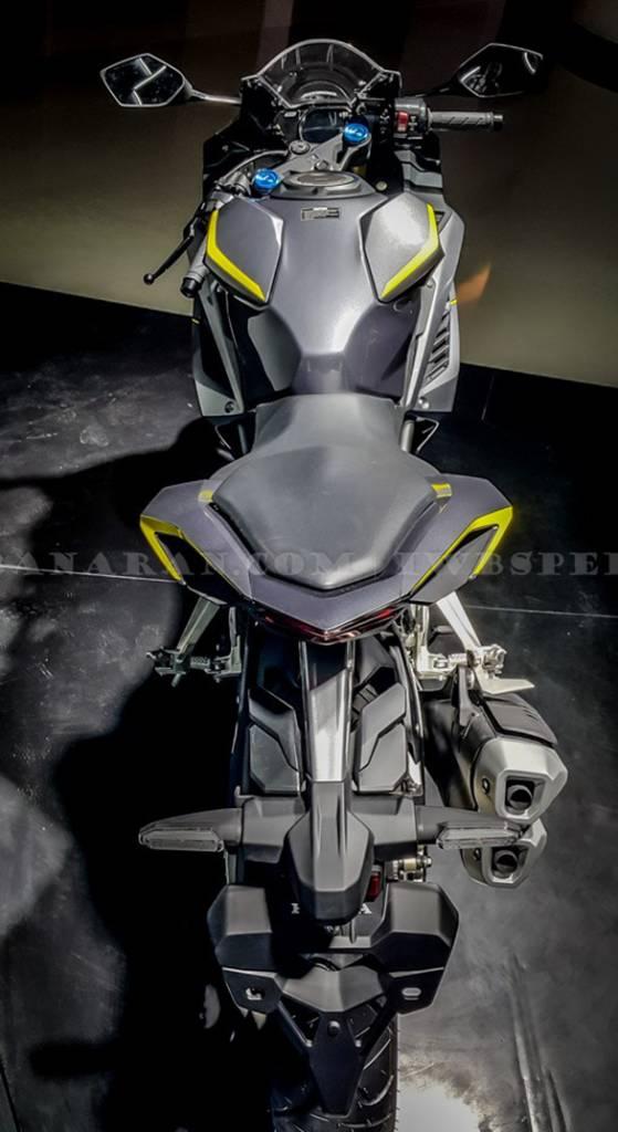 Honda CBR250RR top view