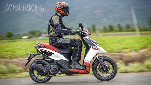 2016 Aprilia SR 150 first ride review