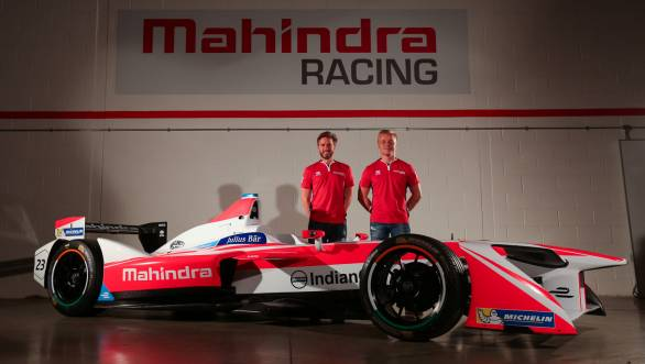 Nick Heidfeld and Felix Rosenqvist with the car they will pilot in the 2016-2017 season of Formula E