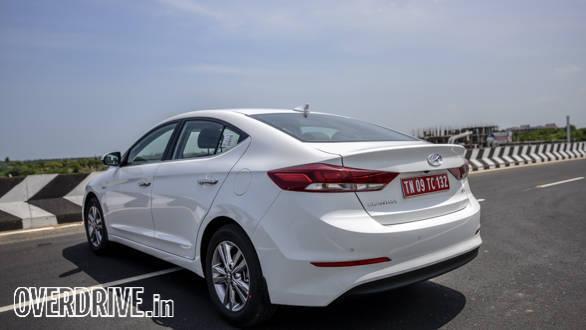 Hyundai Elantra 2016 (33)