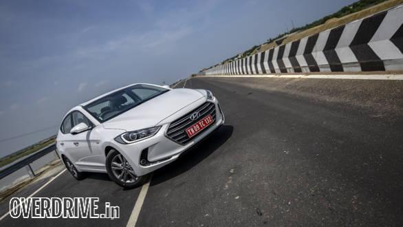 Hyundai Elantra 2016 (36)