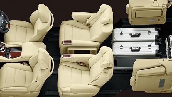 Toyota Alphard (9)