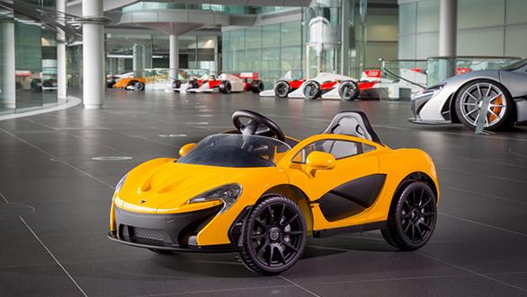 6928-160610+McLaren+P1+Toy+Car+_31