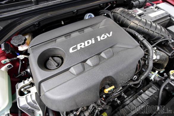 Hyundai Elantra Skoda Octavia Chevrolet Cruze (136)