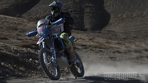 Abdul Wahid Tanveer meanwhile, had managed to extend his lead over R Nataraj to 3m 40s, in the Xtreme Motoquad class