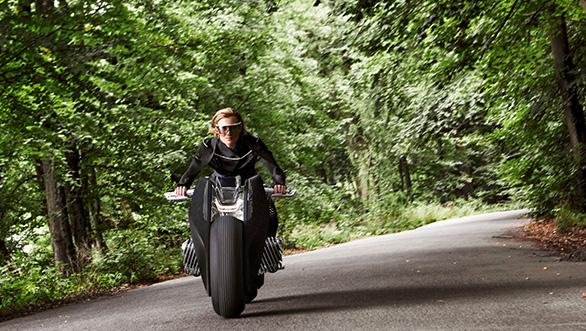 BMW-Motorrad-Vision-Next-100-concept-4