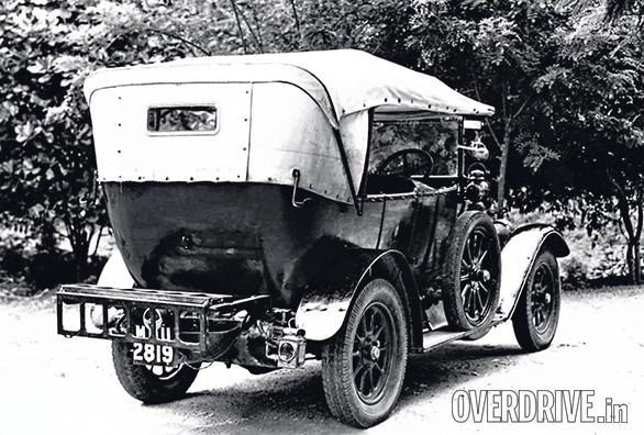 Benz Model Runabout Tourer (1)