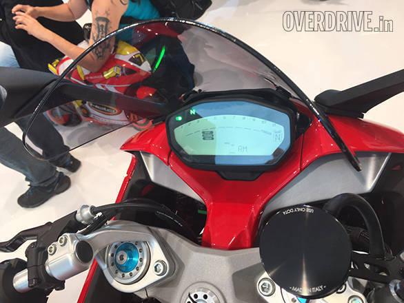 Ducati 939SS (6)
