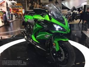 Image gallery: 2017 Kawasaki Z1000SX