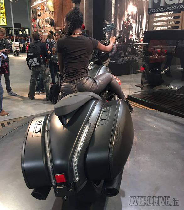 Moto Guzzi MGX-11 (3)