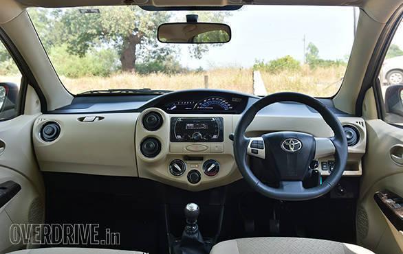 2016 Toyota Etios (14)