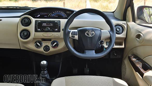 2016 Toyota Etios (15)