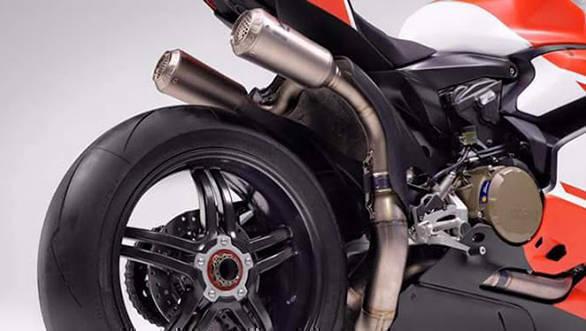 2017 Ducati 1299 Superleggera 5