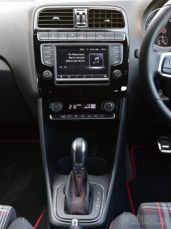 2017 VW Polo GTI (2)