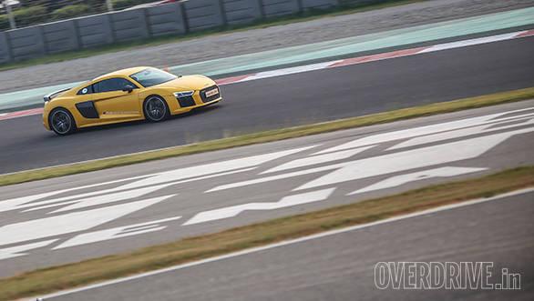 Audi R8 V10 Track Experience (14)
