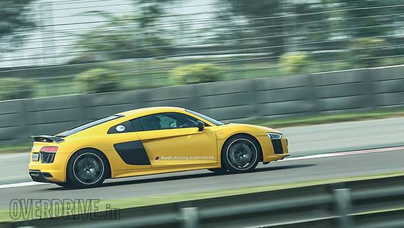 Audi R8 V10 Track Experience (8)