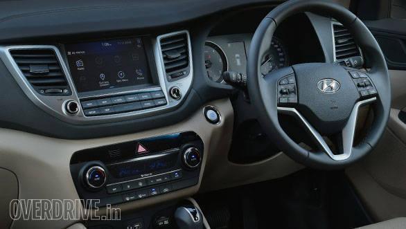 Hyundai_Tucson_interior