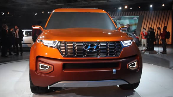 2016 Auto Expo Hyundai HND-14 Carlino Compact SUV concept - Video