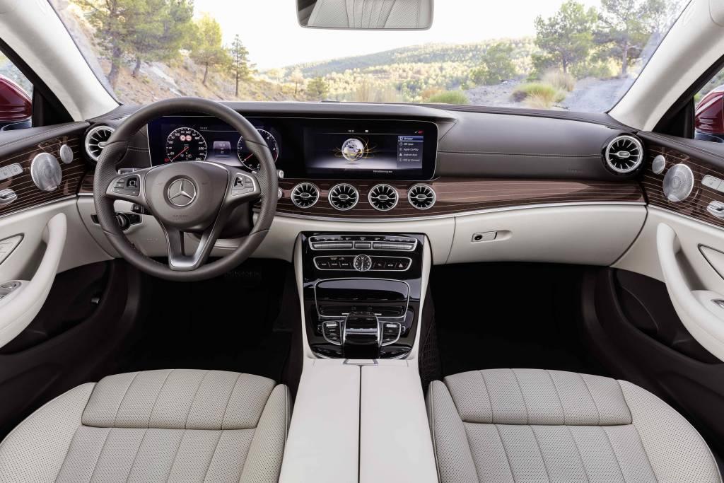 2017 Mercedes-Benz E-Class Coupe (3)
