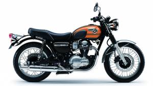 Kawasaki showcases the W800 in India