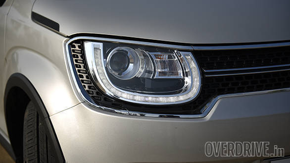 That said, the LED headlamps with the DRLs take that look one step further