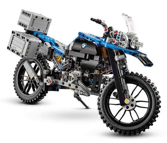 lego-technic-bmw-r-1200gs-adventure-42063-side