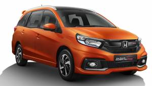 India-bound 2017 Honda Mobilio and Mobilio RS facelift images released