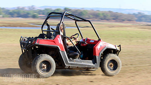 30--Bob-pushing-the-RZR