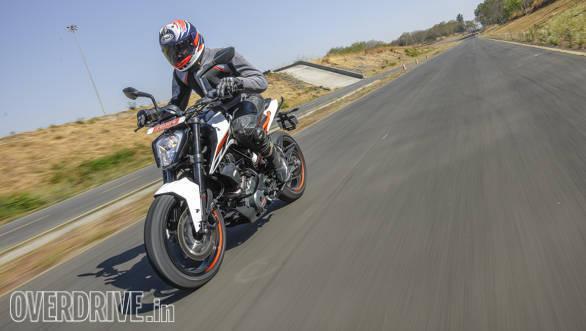 KTM Duke 250 2017 (101)