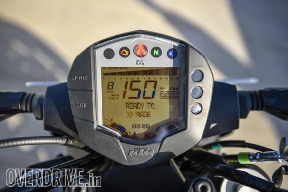 KTM 250 Duke Meters
