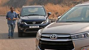 Innova Crysta 2.4 Z vs Tata Hexa 2.2 XT - Comparative review