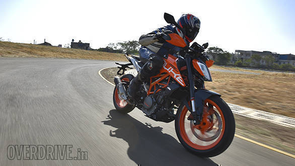 The extra torque of the new engine means you don't have to constantly redline the 2017 KTM 390 Duke. You can ride in the mid-revs smoothly as fairly high speeds too