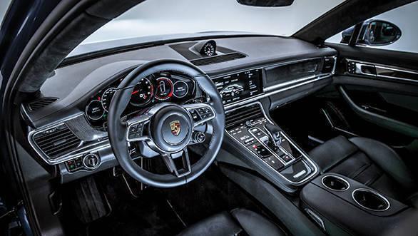 2017 Porsche Panamera Turbo (3)