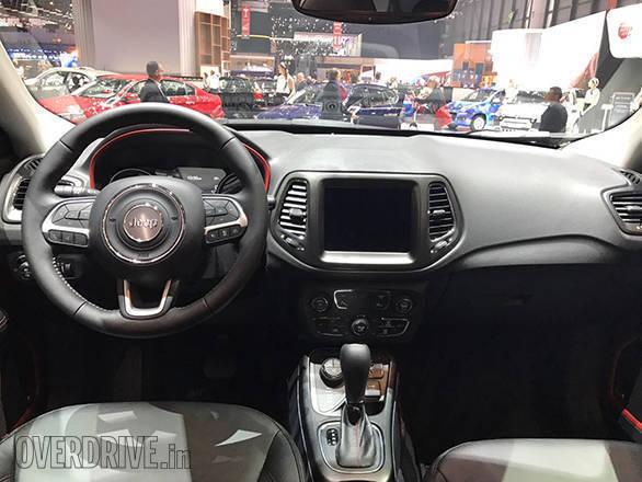 2018 Jeep Compass (10)