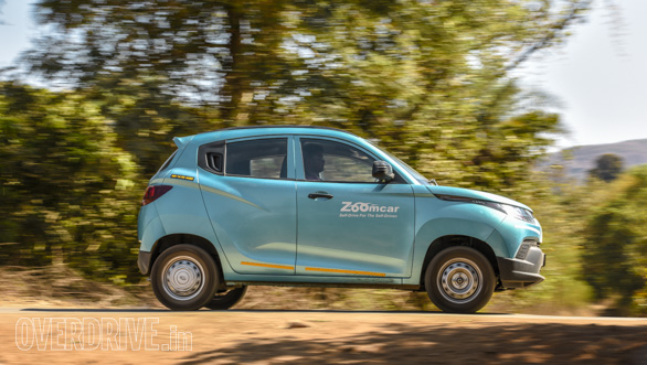 Maruti Suzuki Ignis vs Hyundai Grand i10 vs VW Ameo vs Mahindra KUV Comparo (235)