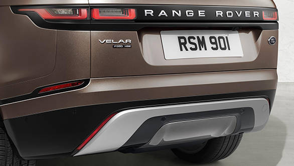 The lower variants of the Range Rover Velar don't get the dual exhaust pipes